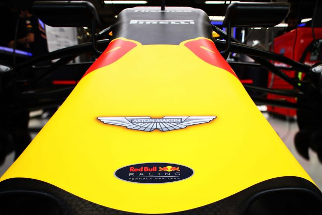 Red-Bull-Aston-Martin-640x427
